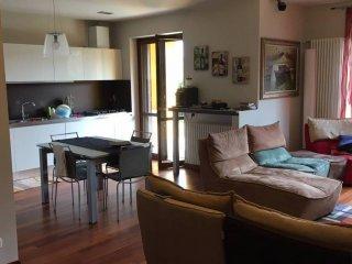 Foto 1 di Villa Via Tetti, La Morra