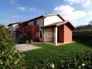 Foto 1 di Villa Zocca