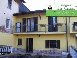 Foto 1 di Casa indipendente via Vittorio Veneto  19, San Paolo Solbrito