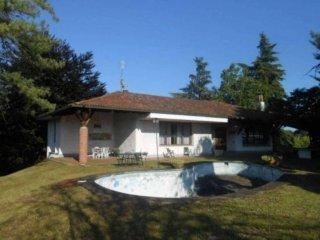 Foto 1 di Villa via Cassinelli, Montafia