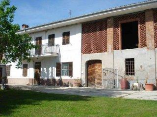 Foto 1 di Rustico / Casale strada Provinciale 32a, Moncucco Torinese