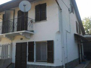 Foto 1 di Casa indipendente via Pangeri 18, Roatto