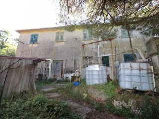 Foto 1 di Rustico / Casale Via Bachelet, Sant'olcese