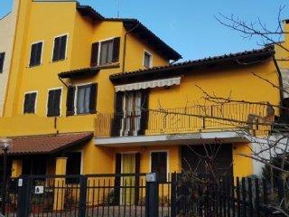 Foto 1 di Casa indipendente Cossombrato