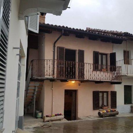 Foto 3 di Appartamento frazione san marzanotto, Asti