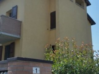 Foto 1 di Attico / Mansarda via torre rossa 1, Montechiarugolo