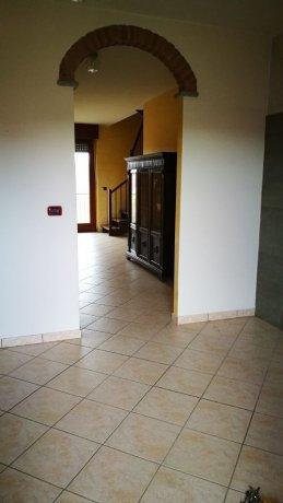 Foto 9 di Appartamento strada sesia, Asti