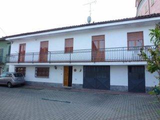 Foto 1 di Casa indipendente via Roggero 32, Corsione