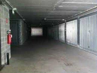 Foto 1 di Box / Garage Aosta