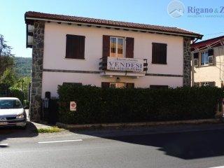Foto 1 di Casa indipendente Via Stabbio, Casella
