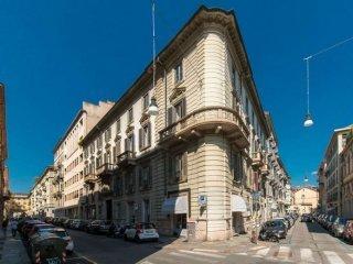 Foto 1 di Appartamento Via Pomba 14, Torino