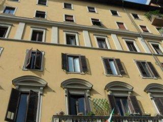Foto 1 di Trilocale Corso Re Umberto, Torino