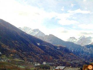 Foto 1 di Rustico / Casale Grand-Crè, snc 11010 Sarre, Aosta