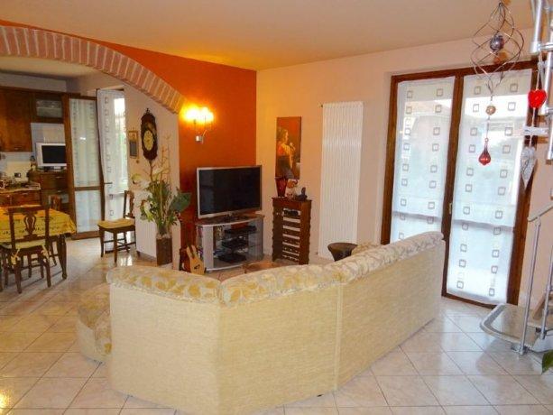 Foto 2 di Appartamento Via Curiel 12, Asti