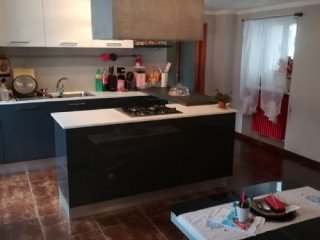 Foto 1 di Appartamento Via Mazzini, Rossana