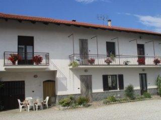 Foto 1 di Casa indipendente Via Castelletto, Dronero