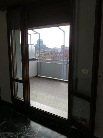 Foto 3 di Bilocale VIA ANTONIO DI VINCENZO, Bologna