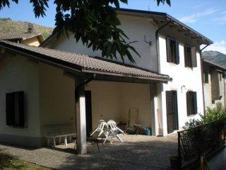 Foto 1 di Villa Fanano