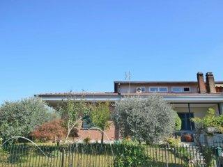 Foto 1 di Villa Via Giacomo Piovano, Cambiano