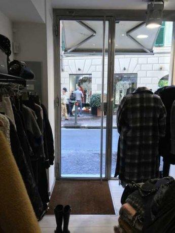 Foto 1 di Bilocale Via Guglielmo Oberdan 212/R, Genova