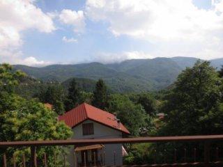 Foto 1 di Trilocale Via Vara Superiore, Urbe
