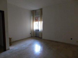 Foto 1 di Appartamento via Zarotto, Parma