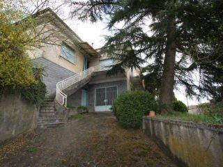 Foto 1 di Villa Mombercelli
