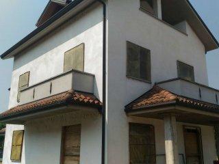 Foto 1 di Villetta a schiera Castellazzo Bormida