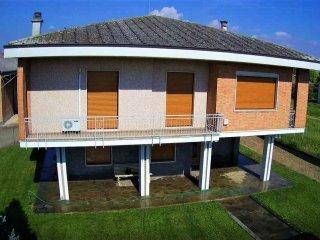 Foto 1 di Casa indipendente Castellazzo Bormida