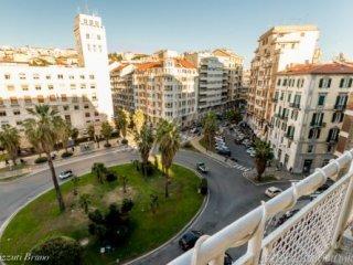 Foto 1 di Appartamento piazza saffi, Savona
