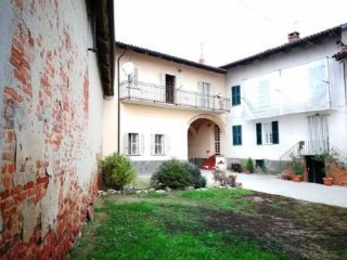 Foto 1 di Rustico / Casale via bricchetto 50, frazione Camerano, Camerano Casasco