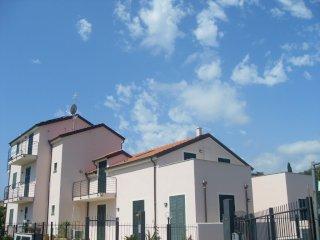 Foto 1 di Bilocale via vignasse, Loano