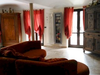 Foto 1 di Casa indipendente via roma 2, Celle Enomondo