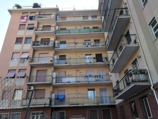 Foto 1 di Bilocale Via Borzoli, Genova (zona Borzoli)