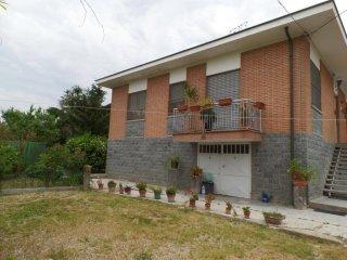Foto 1 di Villa Neive