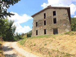 Foto 1 di Rustico / Casale via per Neviano 67, Traversetolo