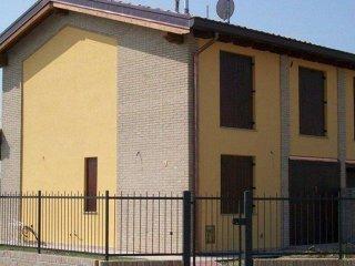Foto 1 di Villetta a schiera via Castello, frazione Mezzano Inferiore, Mezzani