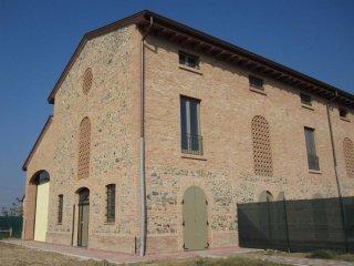 Foto 1 di Villetta a schiera Vicofertile, Parma