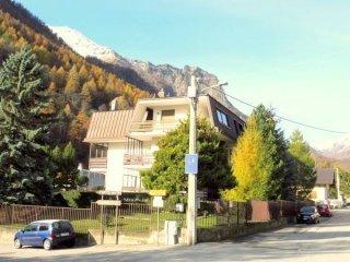 Foto 1 di Bilocale via Roma 38, Fenestrelle