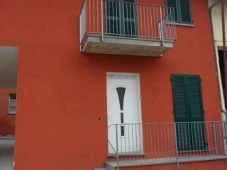 Foto 1 di Bilocale via Camillo Benso di Cavour, Roddi