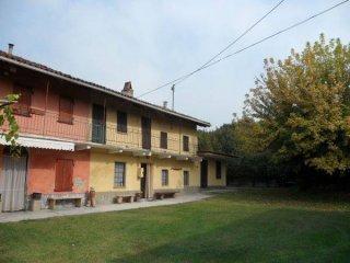 Foto 1 di Rustico / Casale via Sala, frazione San Giuseppe, Castagnito