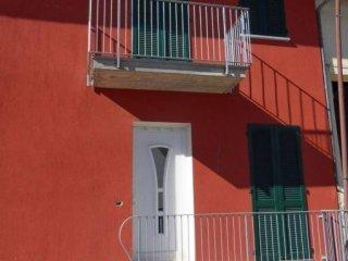 Foto 1 di Casa indipendente via Roma, Roddi