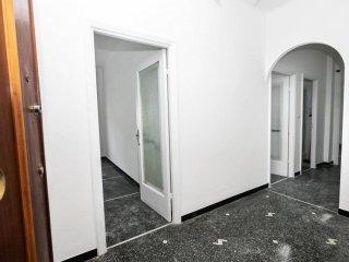 Foto 1 di Quadrilocale via dei Sessanta 22, Genova (zona Cornigliano)