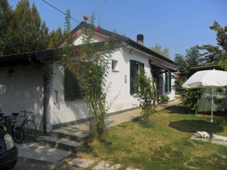 Foto 1 di Casa indipendente via roma, Quargnento