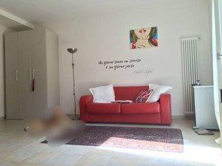 Foto 1 di Monolocale via Roma 39, Cuneo