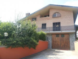 Foto 1 di Villa SP10, Sommariva Perno