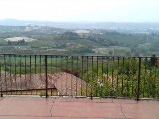 Foto 1 di Monolocale via Ruscone 25, Castagnole Delle Lanze