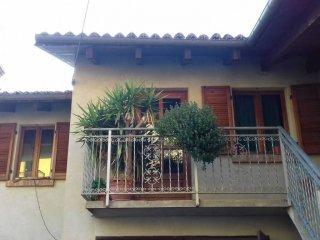 Foto 1 di Monolocale via Pesio, Corneliano D'alba