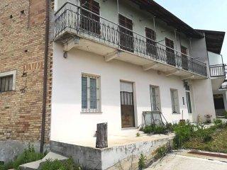 Foto 1 di Casa indipendente Frazione San Rocco, Montaldo Roero