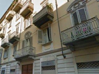 Foto 1 di Monolocale via massena, Torino (zona Crocetta, San Secondo)